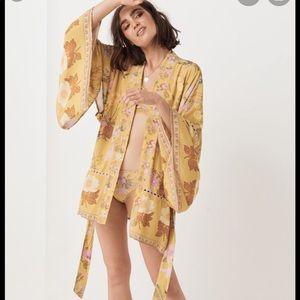 NWT Spell Wild Bloom Kimono and Intimates set-L